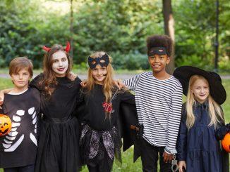 halloween party teenager